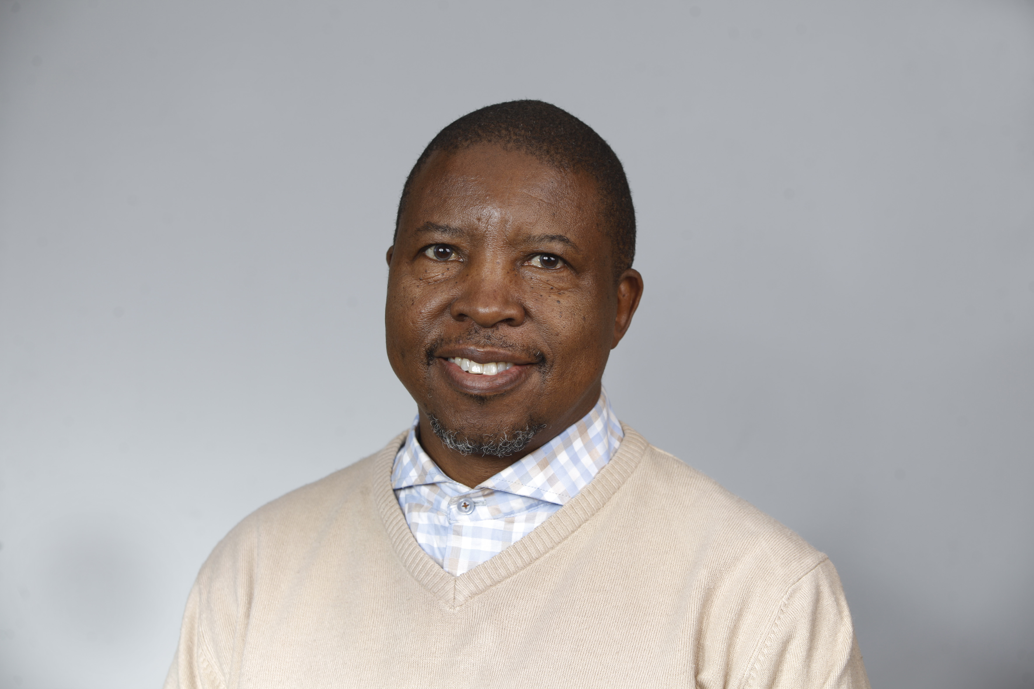 Prof Geoffrey Setswe appointed as Professorial Research Fellow at UNISA